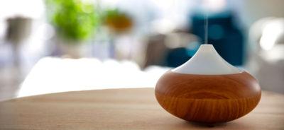 Diffuseur d'huiles essentielles en bois et en verre